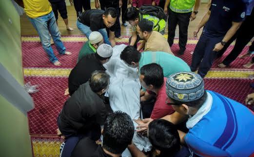 man dies while reciting the quaran