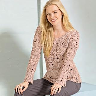 azhurnyj-pulover-telesnogo-cveta