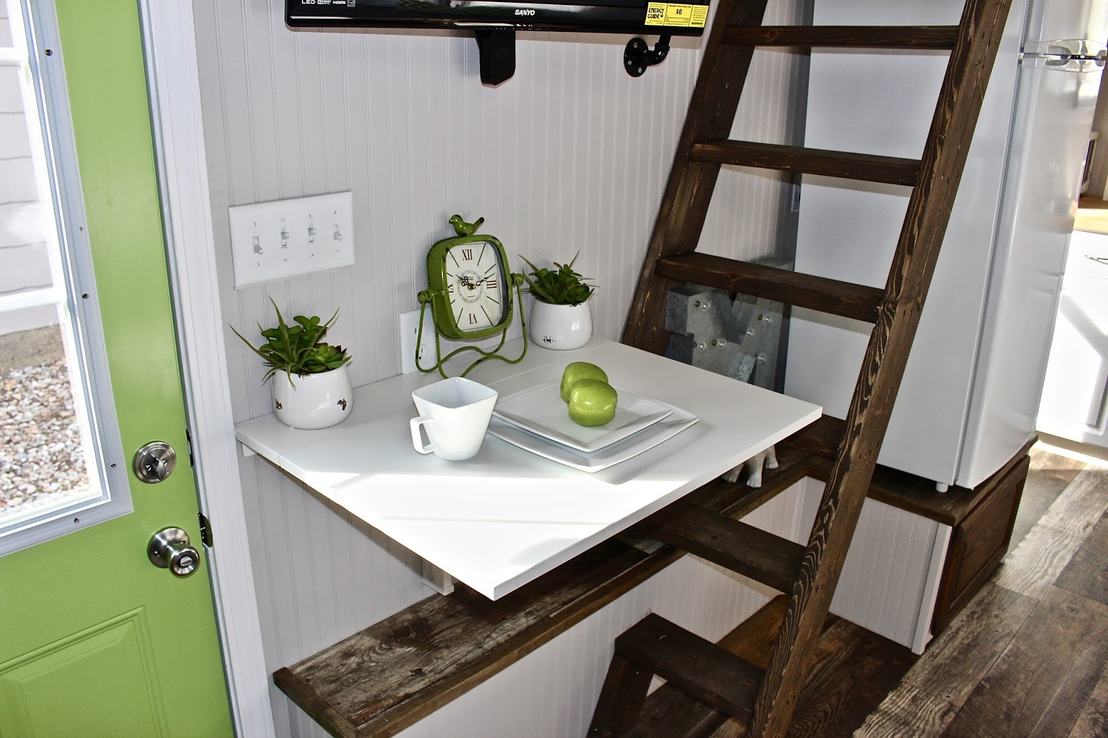 lime green chic shack 241 sq ft tiny house town