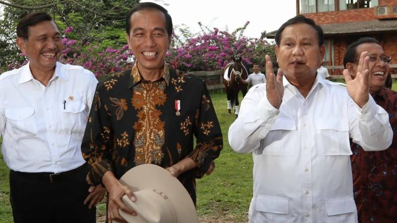 Luhut saat pertemuan Jokowi-Prabowo di Hambalang