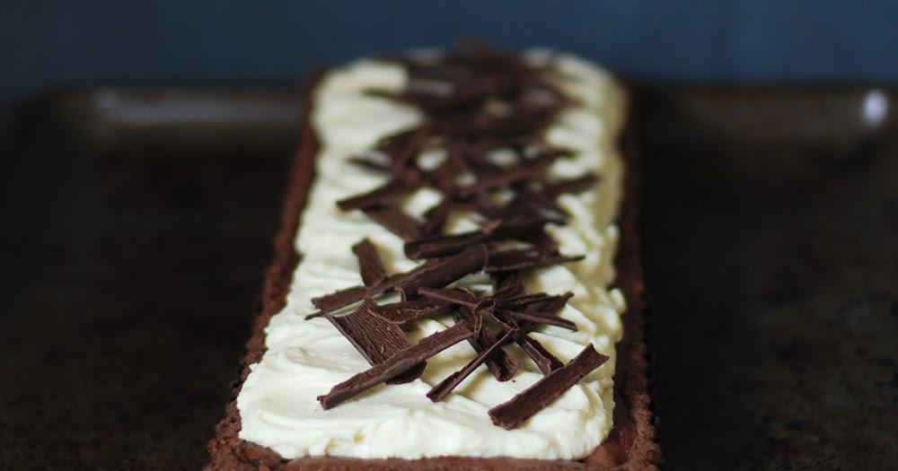 Easy Chocolate Fudge Cake Filling