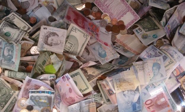 Ποιο θα είναι το τέλος στο πείραμα του χάρτινου χρήματος;