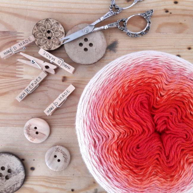 Scheepjes Whirl, free crochet patterns | Happy in Red