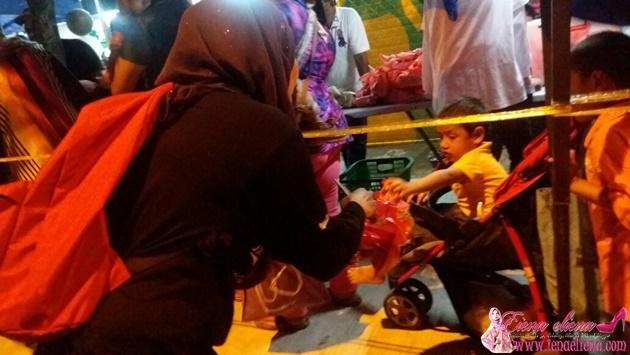 Program Amal Anak-anak Gelendangan Anjuran Hanis Kamal Bakar dan rakan-rakan Artis bersama Radio Wanita 4U.FM