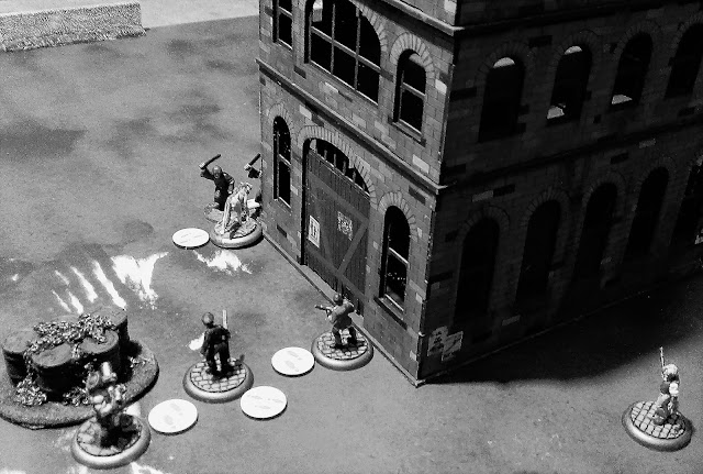 Lord Curr's Company are attacked by the Servants of Ra Cultists