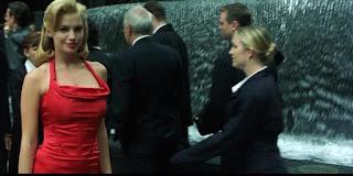 Escena mujer de rojo - Matrix