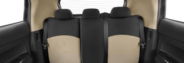 kursi belakang dengan Head rest baru New Mirage Facelift 2016