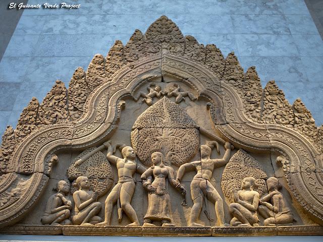 Banteay Srei, Unda, Upasunda y Tilottama - Angkor, Camboya por El Guisante Verde Project