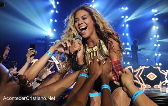 Beyoncé aclamada en concierto