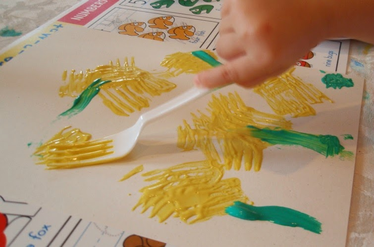 Dandelion flower painting craft, using forks