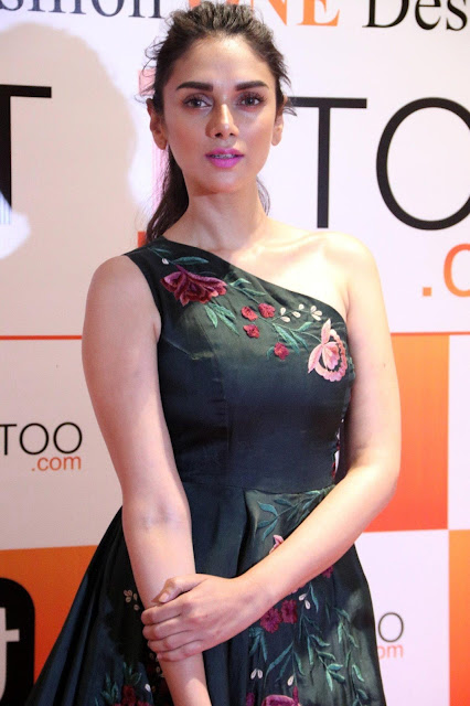 Aditi Rao Hydari Looks Super Hot At The Audi Ritz Style Awards 2017