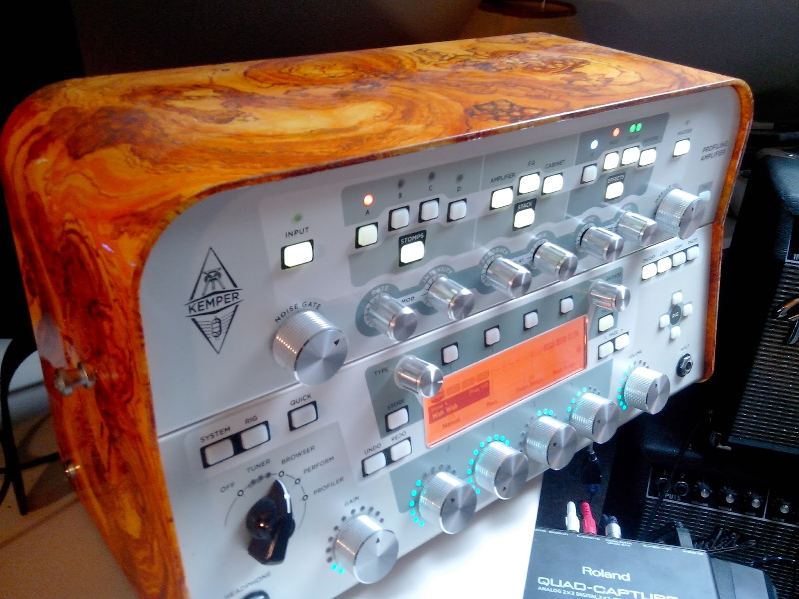 I'd like to change the knobs on my Kemper to nice wood knobs, is