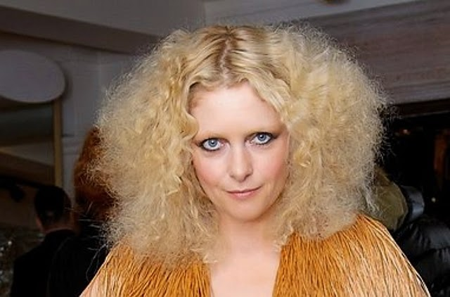 Alison Goldfrapp is a gay woman going with her lesbian lover mary portas
