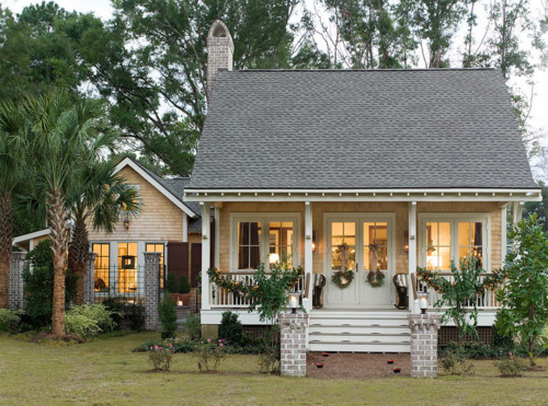 Low Country Cottage Content In A