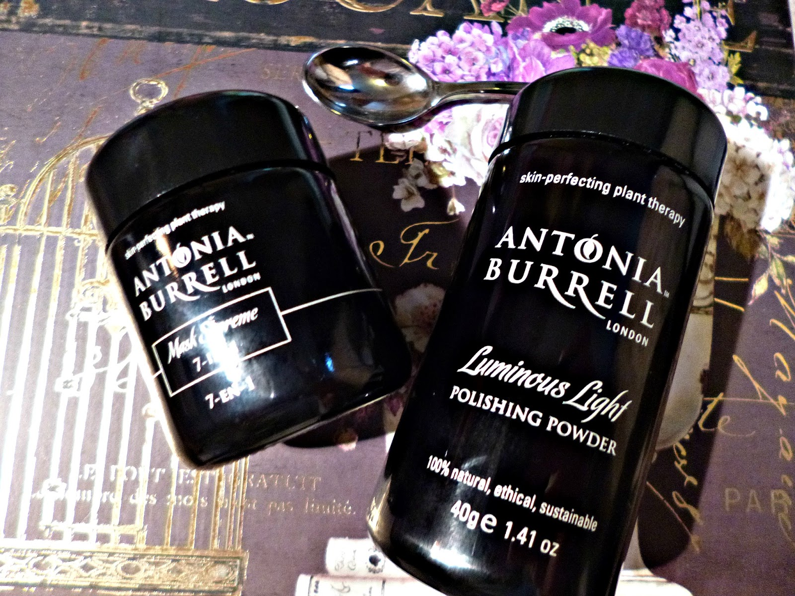 Antonia Burrell Mask Supreme 7-in-1 and Luminous Light polishing powder review
