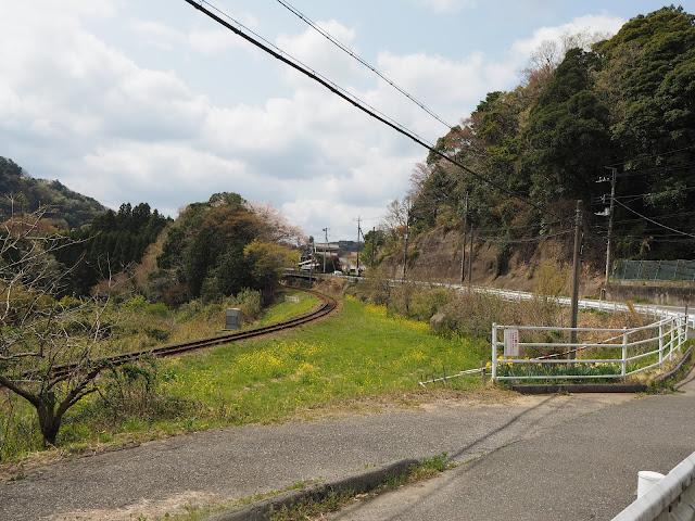 西畑駅から上総中野駅