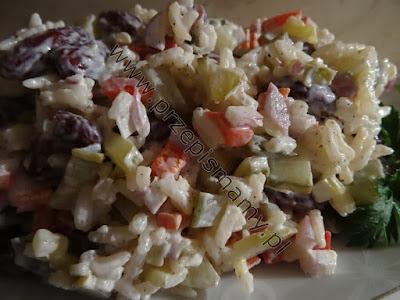 Sałatka z ryżu i fasoli