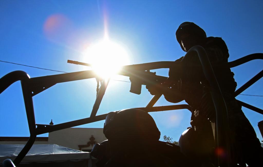 """Militares detenidos, realizaron """"levanton"""" y se les escaparon dos victimas en Poza Rica"""