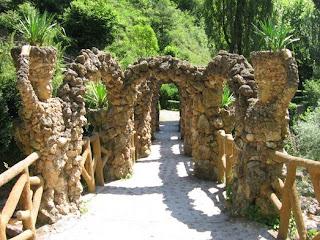 Resultado de imaxes para jardins de can artigues