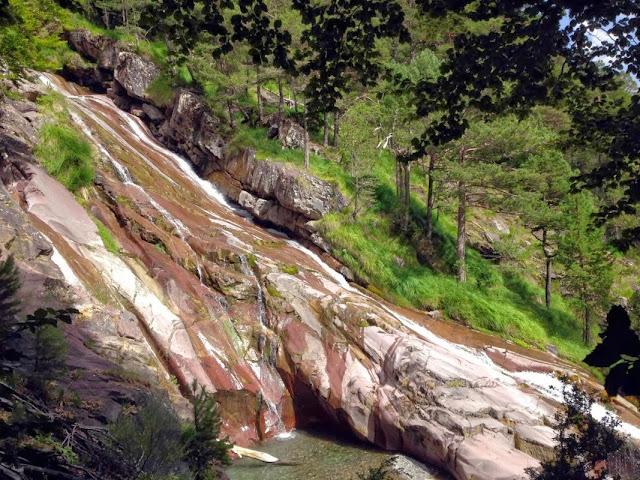Riu La Larri