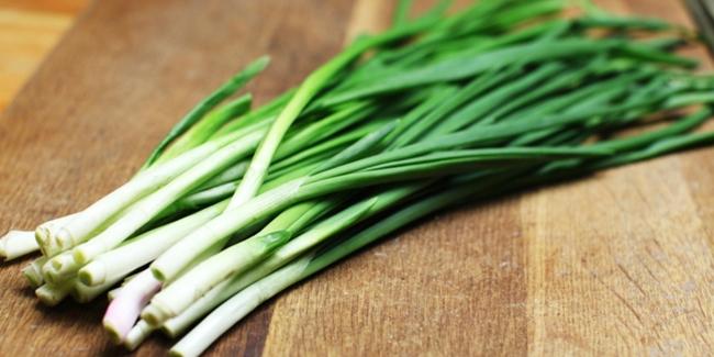 Manfaat daun bawang untuk kesehatan