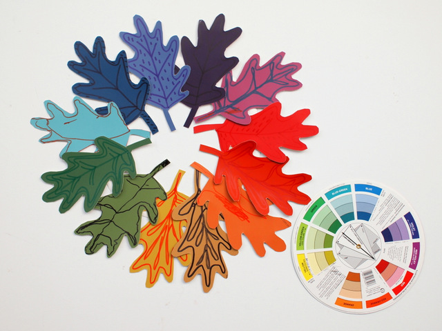 Easy Kids Fall Art Activity-  Make a color wheel inspired fall wreath, using paint chips!