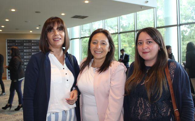 María Paz Contreras, Valesca Turra y Claudia Rubio