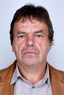 Neil Jordan. Director of Mona Lisa