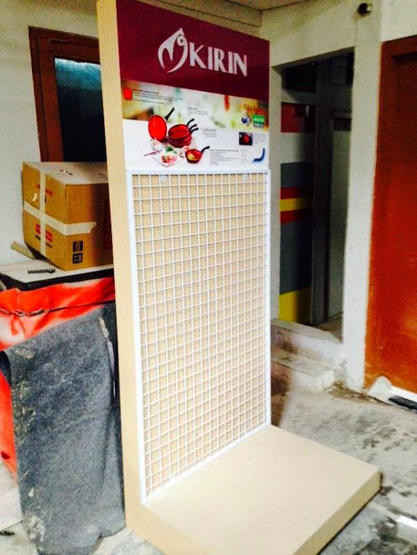 PANEL DISPLAY booth design WASSER, PALOMA, KIRIN