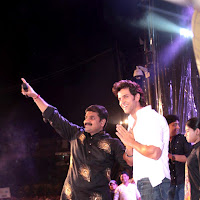 Hrithik Emraan Akshay and others at Shree Sankalp Pratishthan Dahi Handi celebration