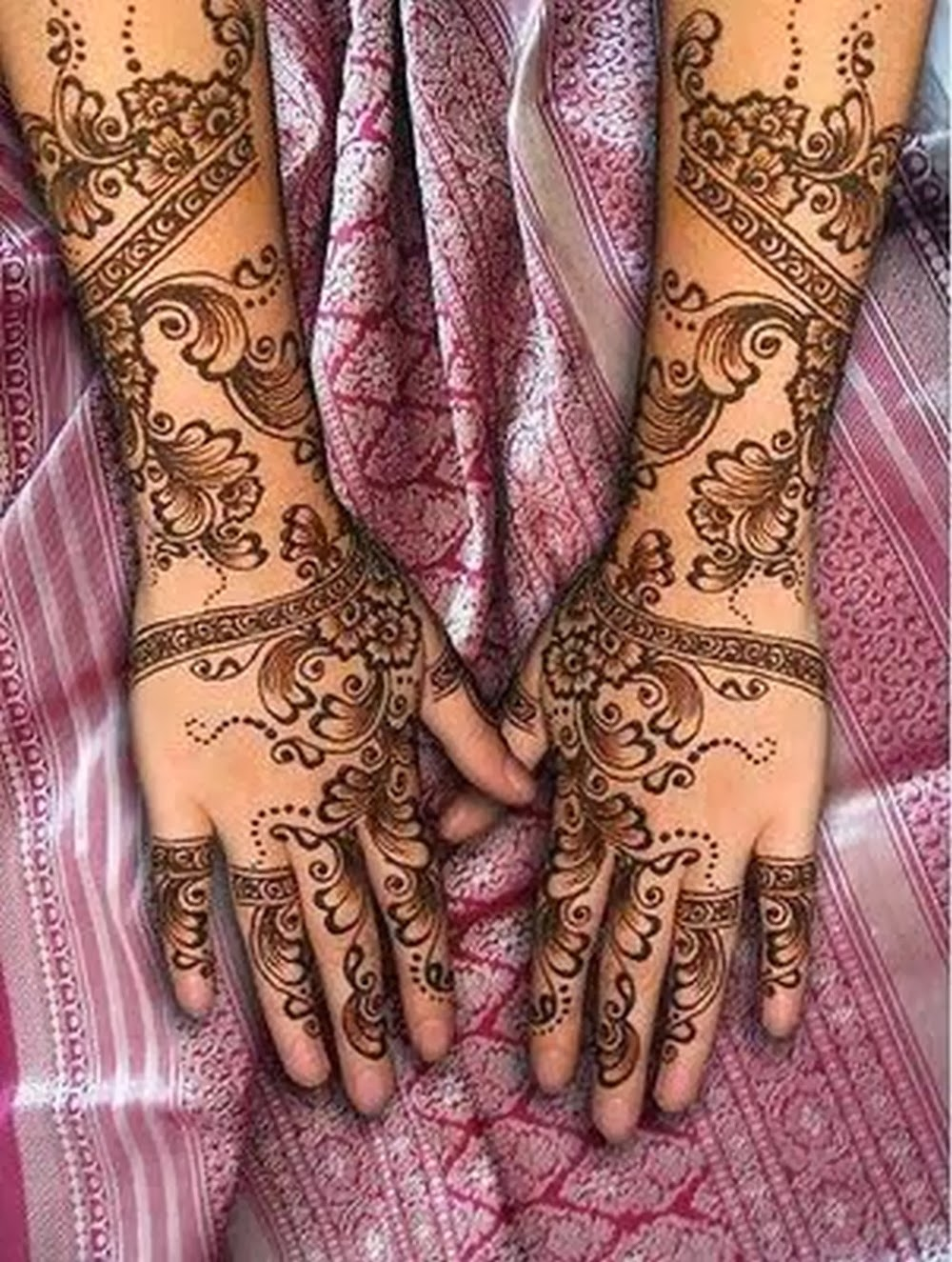 Latest Mehndi Henna Designs For Indian And Pakistani Brides From