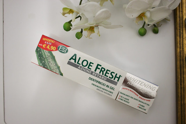 dentifricio sbiancante all'aloe