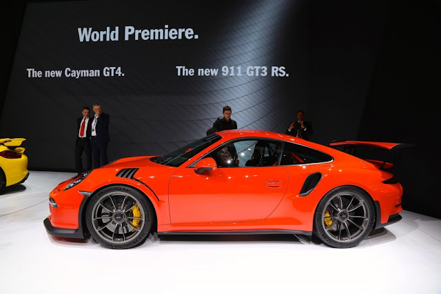 2015 Porsche 911 GT3 RS Specs, Features, Performance Review