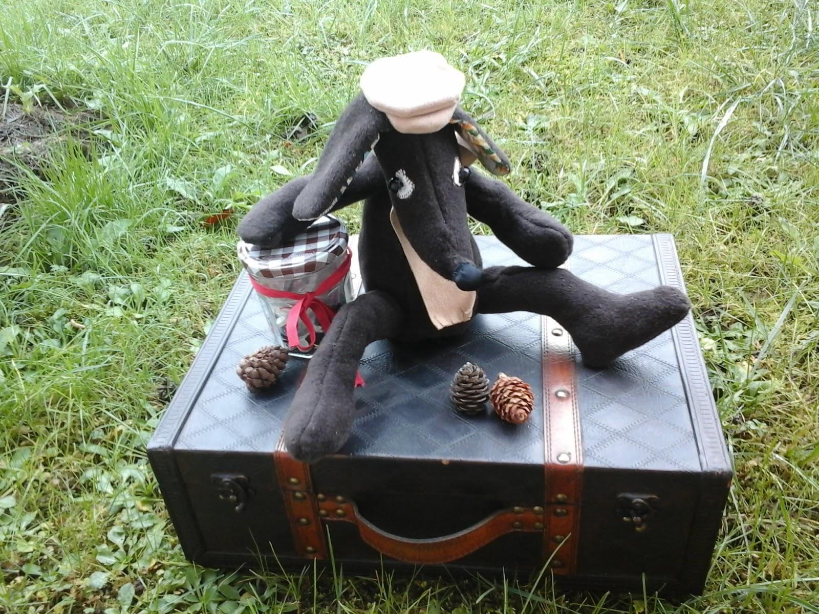 Babaluccia fashion and my chic ideas la valigia di una snob - Una valigia sul letto streaming ...