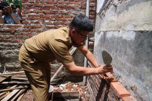 Baznas Jabar Gelar Program Bedah Rumah Di Kota Cirebon