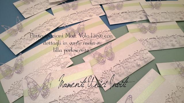 vo Le partecipazioni mod. Volo Lieve di Adriano e PaolaColore Lilla Colore Verde Menta Tema Farfalle Verde Mela