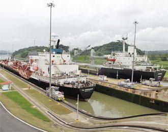 panama+terusan3 Butuh Rp. 3 M Untuk Ongkos 1 Kapal Melewati Terusan Panama