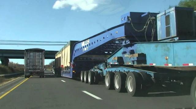 truk Mobil gandeng super besar
