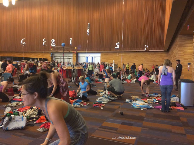 lululemon sea-wheeze-half-marathon-race-2015 expo floor