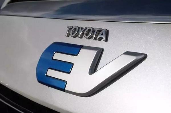 Toyota Dan Panasonic Bekerjasama Mengembangkan Baterai Prismatik Untuk Mobil Listrik
