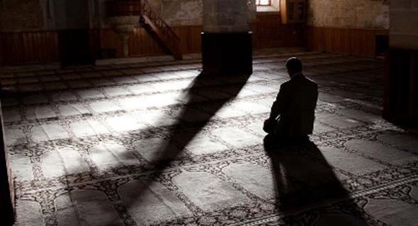 Iktikaf Di Masjid Lolos Dari Maut