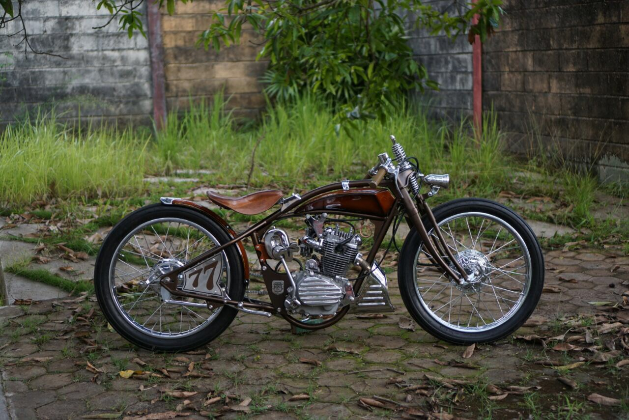 Motor Custom Honda GL Boardtracker