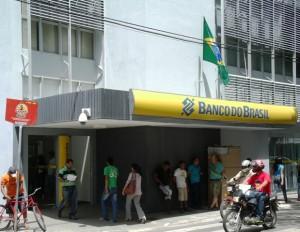 Resultado de imagem para fotos do banco do brasil do centro parnaiba