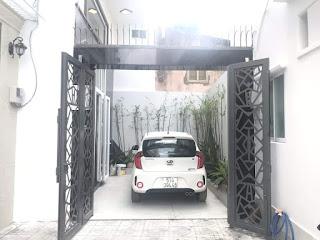 Nhà có sân để ô tô rộng rãi