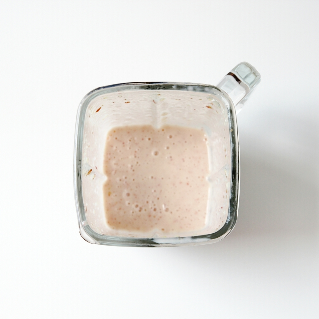 Blended peach frozen yoghurt