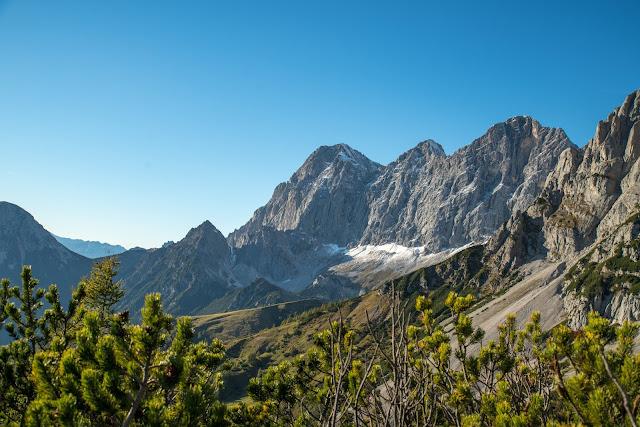 5-Hüttenweg und Jungfrauensteig  Wandern in Ramsau am Dachstein 11