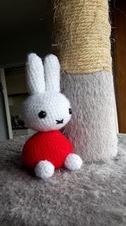 https://ncuicui.blogspot.fr/2016/04/tuto-crochet-lapinou-style-miffy.html