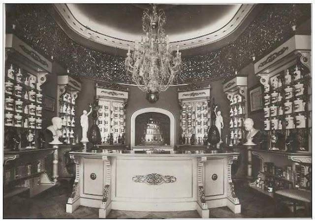 fotografía-antigua-del-interior-de-la-farmacia-graiño