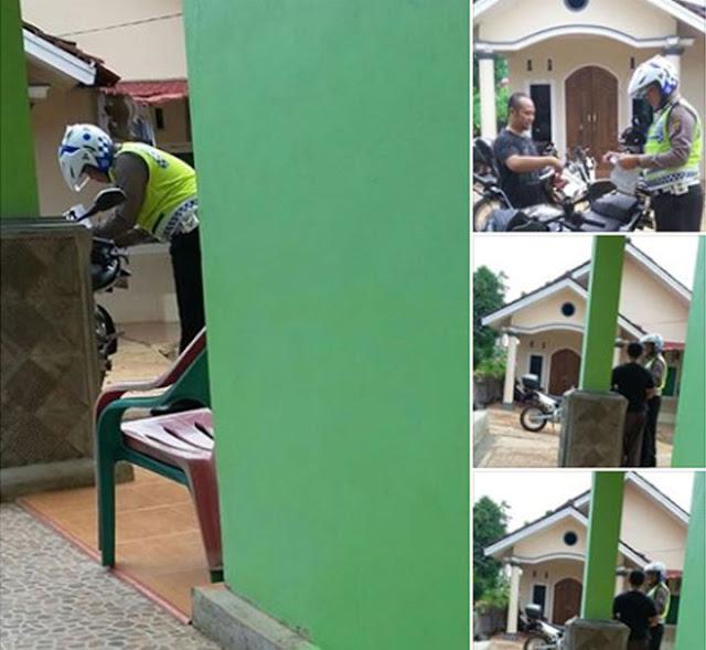 Koplak! Pria Ini Ditilang Polisi Di Depan Rumahnya Sendiri