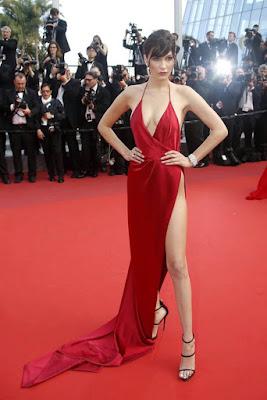 Bella Hadid lo da todo en la alfombra roja del Festival de Cannes